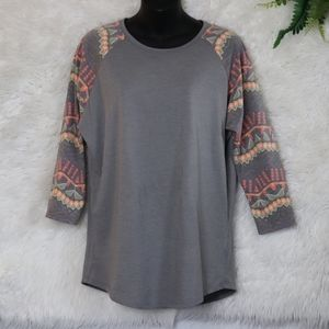 LulaRoe Raglan Shirt